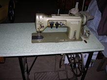 Macchina da cucire piana Necchi 720-100